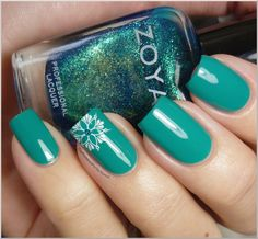 I love everything about this! The website tells you exactly which polishes/images she used.