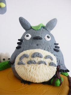 totoro cake, studio ghibli food