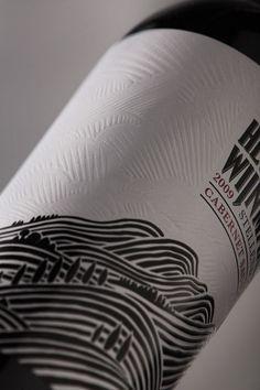 Packaging of the World: Creative Package Design Archive and Gallery: Helderberg Wijnmakerij wine vinos maximum vinho