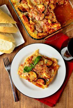 Lots of Lasagna! sVegetable Lasagna Recipe Round Up , Farmers' Market Vegetable Lasagna Vegetable Lasagna Recipes, Vegetarian Recipes, Healthy Recipes, Pizza Recipes, Healthy Meals, I Love Food, Good Food, Great Recipes, Favorite Recipes