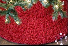Christmas Tree Skirts Patterns, Crochet Christmas Trees, Christmas Crochet Patterns, Crochet Tree Skirt, Pattern Pictures, First Christmas, Handmade Decorations, Holiday Decor, Christmas Decor