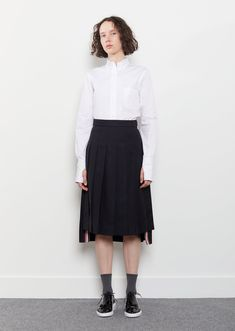 Crepe Suiting Pleated Skirt