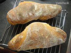 Ciabatta s ražným kváskom (fotorecept) Ciabatta, Food And Drink, Pizza, Breads, Basket, Bread Rolls, Bread, Braided Pigtails, Buns