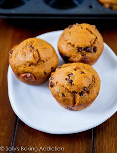 Pumpkin Chocolate Chip Muffins - only 1/2 cup of brown sugar in the whole recipe!