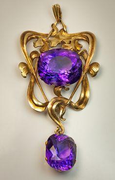 Art Nouveau jewelry - antique amethyst gold pendant necklace