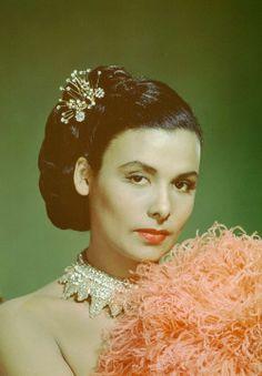 Lena Horne: crystal choker updo retro vintage maribou pink feathers pastel jazz vintage http://shop.a-morir.com/products/lena
