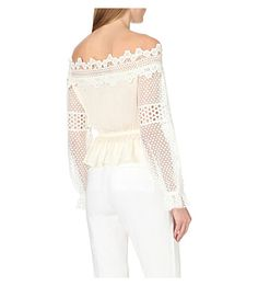 Off-the-shoulder lace woven blouse
