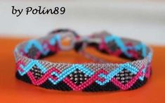 Learn to make your own colorful bracelets of threads or yarn. Crochet Baby Hat Patterns, Sewing Patterns For Kids, Crochet Baby Hats, Thread Bracelets, Macrame Bracelets, Diy Bracelet, Friendship Bracelets Designs, Bracelet Designs, Cute Jewelry