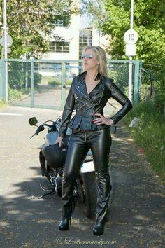 Motorradfahrerinnen singles dating