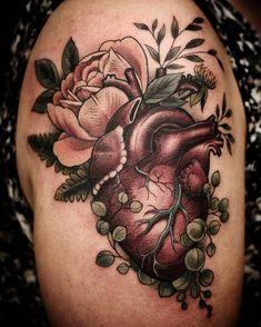 Overgrown Heart by @alicestattoos at @wonderlandpdx in Portland Oregon. #overgrown #wild #heart #alicestattoos #wonderlandpdx #wonderlandtattoo #portland #oregon #pdx #tattoo #tattoos #tattoosnob