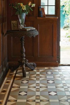 The traditional style Colchester pattern will make a statement in hallways, living rooms, bathrooms, kitchens - wherever they are used! New colours, patterns and shapes means our geometric Victorian style floor tiles look great in traditional and contemporary homes.