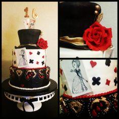 Queen of Hearts Cake / Alice in Wonderland