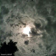 鱗雲 after the #rain #sky #cloud #sun #philippines #フィリピン #空 #雲