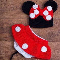 Conjunto de Minnie Mousse #crochet #conjuntos #cute #crochet #tejido #piccolina #ninas #bebe #ventas #regalo #ideal #hermoso #cute #sancristobal #tachira #venezuela #headband #cintillos #lazos #bow #chic