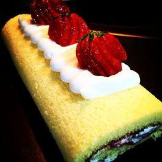 Instagram media by whiskitpatisserie - #strawberryroll #swissroll #pastry #patisserie #desserts #cakes #sgbakes #sgpastry #sgfood #strawberries #chefstalk