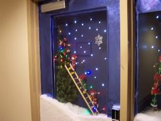 Model Fun Steps Office Door Christmas Decorating Ideas  Averycheervacom