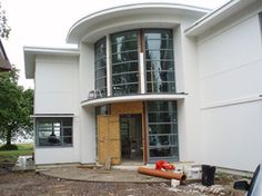 Curved doors for LUXURY ART DECO HOME - Balcony Systems