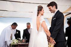 Noivos na cerimônia de casamento - Casamento Karina & Wilson