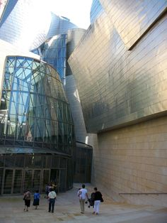 Gallery of AD Classics: The Guggenheim Museum Bilbao / Gehry Partners - 6