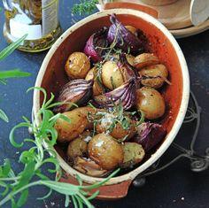 Den här ugnsbakade potatisen kommer från balsamvinägerns region, trakterna kring Modena.