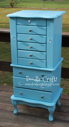 Inspiration to paint my ugly jewelry armoire Painted Furniture, Diy Furniture, Redoing Furniture, Repurposed Furniture, Armoire Redo, Vintage Jewelry Crafts, Jewelry Armoire, Jewelry Box, Jewelry Chest