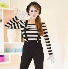 Simple carnival costumes without much effort and quickly .- Einfache Faschingskostüme ohne viel Aufwand und schnell zaubern Make carnival costumes yourself – a pantomime - Mime Halloween Costume, Diy Halloween Costumes For Women, Last Minute Halloween Costumes, Diy Costumes, Biker Halloween, Scary Halloween, Halloween Makeup, Burglar Costume, Fantasias Halloween