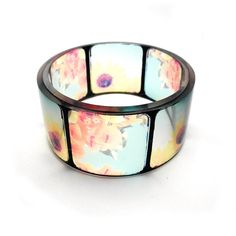 Instamatic resin bangle, totally gorgeous