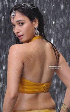 Tamanna Bhatia Backless Hot Show Wet, Tamanna Bhatia sexy back, Tamanna Bhatia wet backless photos, Tamanna Bhatia in yellow backless blouse, Tamanna Bhatia sexy back photos