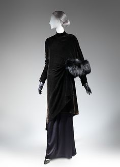 Evening coat. Charles James (American, born Great Britain, 1906–1978) Date: late 1920s–early 1930s Culture: American Medium: silk, fur