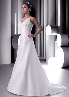 Simple wedding dress, v-neck