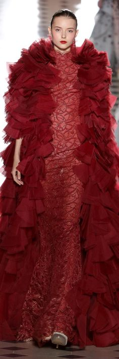 Tony Ward Fall Winter 2017 Haute Couture Collection
