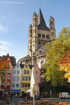 Köln, Germany. Packigmysuitcase.com
