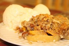 Easy -- and delicious -- apple crisp recipe. Perfect for the fall harvest.