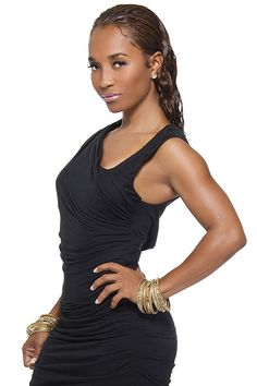 Chilli (Rozonda Thomas) Her father, Abdul Ali, was of West Indian descent and her mother, Ava Thomas, is of African American and Native American descent.
