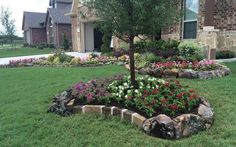 Here you& find 30 brilliant garden edging ideas, use them to add boundaries to certain area& to create a neat, modern look to your yard or property. Garden Border Edging, Yard Edging, Garden Borders, Landscaping With Rocks, Outdoor Landscaping, Front Yard Landscaping, Outdoor Decor, Landscaping Ideas, Outdoor Walkway