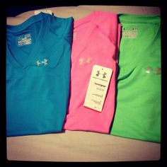 I have the blue and green shirt!