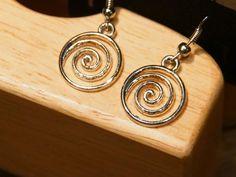 Twirling Silver by tammisknickknacks on Etsy