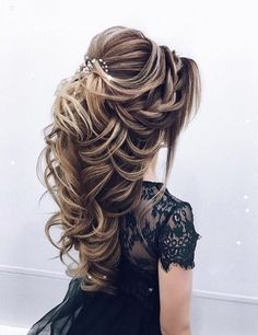 wedding hairstyles 2019 Taut hairstyle with accessories for engagement brides wedding and engagement hairstyles 2019 - Engagement Hairstyles, Wedding Hairstyles For Long Hair, Pretty Hairstyles, Easy Hairstyles, Hairstyle Ideas, Female Hairstyles, Everyday Hairstyles, Hairdos, Bride Hairstyles Down