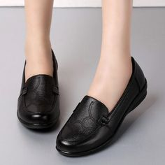Black Leather Work Anti Skid Soft Flat Shoes For Women Shoe Type: Casual Shoes Toe Type: Round Toe Closure Type: Slip On Heel Type: Flat Heel Height: Gender: Female Occasion: Casual Season: Black School Shoes, Mens Boots Fashion, Loafers For Women, Black Leather Boots, Types Of Shoes, Beautiful Shoes, Comfortable Shoes, Me Too Shoes, Casual Shoes
