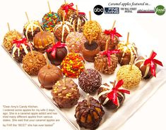 Amy's Gourmet Caramel Apples - they use only velvety, world-class Belgian Chocolate from Brussels - YUMMY! Chocolate Apples, Chocolate Caramels, Gourmet Caramel Apples, Caramel Candy, Desserts Menu, Homemade Candies, Apple Recipes, Holiday Recipes, Sweet Treats