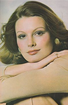 'Dewy blushing powder changes the brush-on blush from matte to flat and moisty and gleaming!' (1973) #Almay