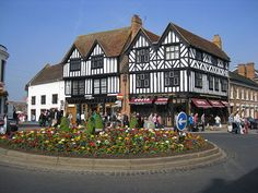 Stratford-upon-Avon is an historic town on the river Avon in the English county of Warwickshire, best known as the home town of the great English playwright and poet, William Shakespeare.