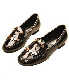 Vintage Patent Flat Shoes with Metal Fringe in Black