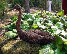 Kuvahaun tulos haulle risutyöt Garden Sculpture, Outdoor Decor, Plants, Dreams, Home Decor, Decoration Home, Room Decor, Plant, Home Interior Design