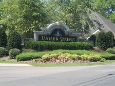 neighborhood community entrance landscaping | ... note of Tanyard Springs Entranceway's Landscaping in Spring HIll Tn