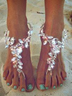 SHE HAS BEAUTIFUL FEET .......................