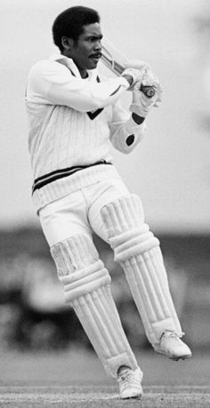 Gordon Greenidge one of the most destructive opener of West Indies Cricket Quotes, World Cricket, Test Cricket, Basketball Quotes, West Indian, Destruction, Gentleman, San, Black And White