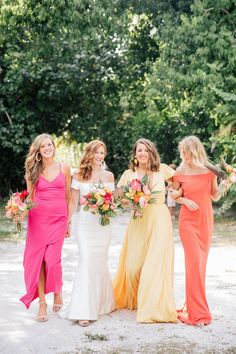 Tropical wedding bridal party with bridesmaids in island sunset colors of coral, yellow and mango. Perfect for a Captiva or Sanibel Florida destination wedding. Amazing bouquets by Signature Florals Photography by Anastasiia Tropical Wedding Dresses, Beach Wedding Colors, Bridal Party Dresses, Sunset Wedding, Yellow Wedding, Fall Wedding, Tropical Weddings, Wedding Ideas, Wedding Fun