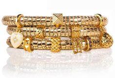 Jennifer-Lopez-bracelet-jewelry