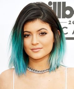 How To DIY Your Perfect Rainbow Hair Color. Kylie Jenner with blue green hair. Ombré Hair, Dye My Hair, Blue Dip Dye Hair, Hair Styles 2014, Short Hair Styles, Long Vs Short Hair, Long Bob, Summer Hairstyles, Cool Hairstyles
